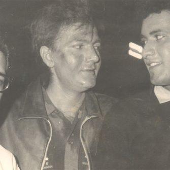 N.N. SIppy on the set of Woh Kaun Thi with Manoj Kumar and Prem Chopra